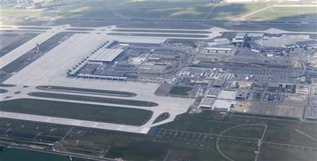An aerial view shows the future Berlin Brandenburg international airport Willy Brandt (BER) in Schoenefeld during a touring flight over the German capital with the new Airbus A380-800 ''Berlin'', May 22, 2012. REUTERS/Fabrizio Bensch