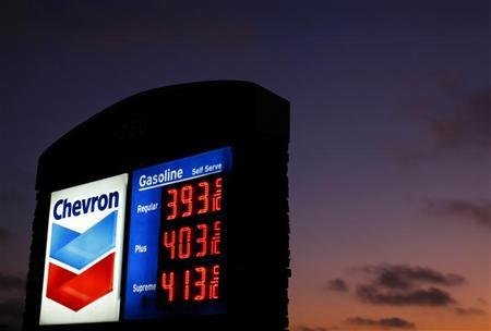 The sign of a Chevron gas station is pictured in Encinitas, California July 28, 2011. REUTERS/Mike Blake