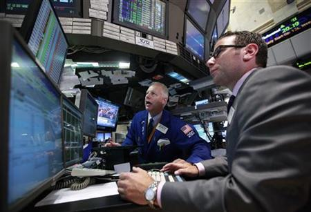Traders work on the floor of the New York Stock Exchange, August 14, 2012. REUTERS/Brendan McDermid