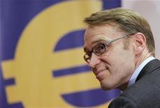 <p>Jens Weidmann, président de la Bundesbank. La banque centrale allemande reste critique à l'égard du plan de la Banque centrale européenne (BCE) visant à racheter des obligations souveraines pour faire baisser les coûts d'emprunt de l'Espagne et de l'Italie, estimant qu'il relevait de la responsabilité des Etats plutôt que des banques centrales. /Photo d'archives/REUTERS/Alex Domanski</p>