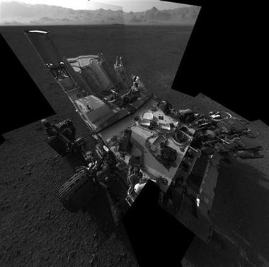 This full-resolution self-portrait courtesy of NASA shows the deck of the Curiosity rover from the rover's Navigation camera taken on August 7, 2012. REUTERS/NASA/JPL-Caltech/Handout