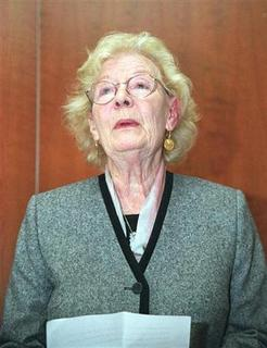 Nina Bawden author and survivor of the Potters Bar Rail Crash speaks to a news conference in London on September 30, 2002. REUTERS/Matt Dunham/Str