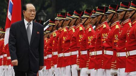 Kim Yong-nam, North Korea's president of the Presidium of the Supreme People's Assembly, inspects the honour guard during a greeting ceremony at Merdeka Palace in Jakarta May 15, 2012. REUTERS/Enny Nuraheni