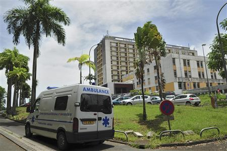 A view outside the hospital where veteran French rock star Johnny Hallyday is being treated in the intensive care unit on the French Caribbean island of Guadeloupe, August 27, 2012. REUTERS/Dominique Chomereau