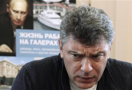 Opposition leader Boris Nemtsov speaks during a news conference to present the report ''The Life of a Galley Slave'' in Moscow, August 28, 2012. REUTERS/Maxim Shemetov