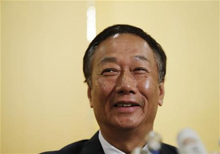 Hon Hai Precision Industry chairman and founder Terry Gou speaks during a news conference in Tokyo August 27, 2012. REUTERS/Toru Hanai