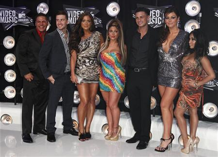 Cast members of the television program ''Jersey Shore'' arrive at the 2011 MTV Video Music Awards in Los Angeles, August 28, 2011. REUTERS/Danny Moloshok