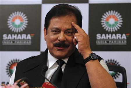 Sahara Group Chairman Subrata Roy gestures as he speaks during a news conference in Mumbai February 4, 2012. REUTERS/Danish Siddiqui/Files