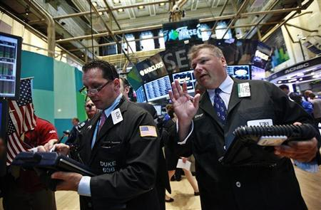 Traders work on the floor of the New York Stock Exchange, August 27, 2012. REUTERS/Brendan McDermid
