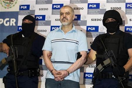 Drug cartel leader Eduardo Arellano Felix is presented to the media in Mexico City, October 27, 2008. REUTERS/Jorge Dan Lopez