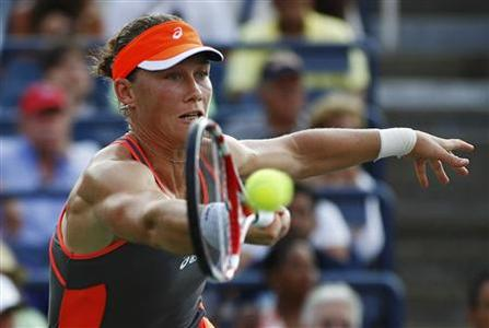 Samantha Stosur of Australia hits a return to Laura Robson of Britain during their women's singles match at the U.S. Open tennis tournament in New York September 2, 2012. REUTERS/Gary Hershorn