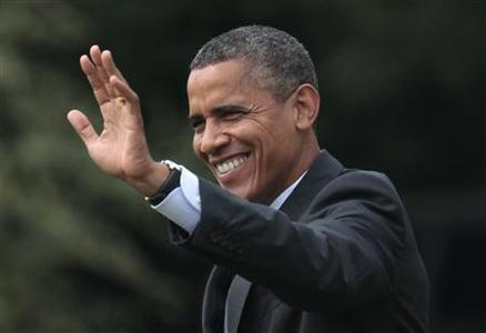 REFILE CORRECTING MONTH U.S. President Barack Obama waves as he walks on the South Lawn of the White House in Washington before his departure to Norfolk, Virginia for a campaign event, September 4, 2012. REUTERS/Yuri Gripas
