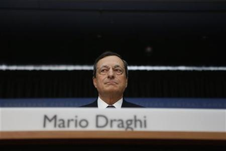 The European Central Bank (ECB) President Mario Draghi speaks during the monthly news conference in Frankfurt September 6, 2012. REUTERS/Alex Domanski