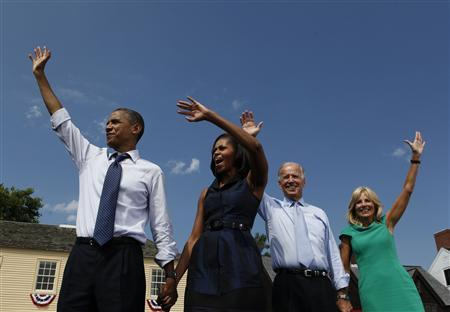 U.S. President Barack Obama (L-R), first lady Michelle Obama, U.S. Vice President Joe Biden, and Biden's wife Jill wave at a campaign event at the Strawbery Banke Museum in Portsmouth, New Hampshire September 7, 2012. REUTERS/Larry Downing