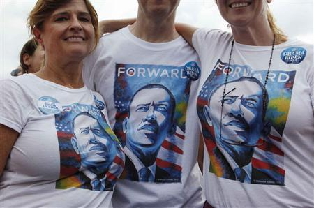 Supporters of U.S. President Barack Obama wear matching shirts at a campaign event at Natural Habitat Park Field on the St. Petersburg College Seminole Campus in Florida September 8, 2012. REUTERS/Larry Downing