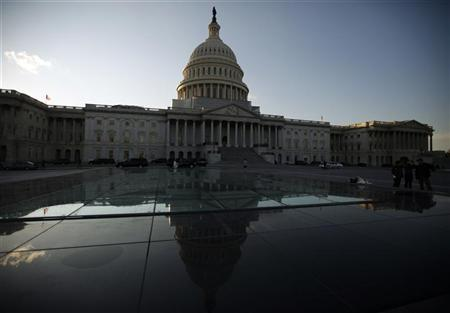 The U.S. Capitol building is seen hours before U.S. President Barack Obama is set to deliver his his State of the Union address to a joint session of Congress on Capitol Hill in Washington January 24, 2012. REUTERS/Jim Bourg
