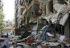 <p>منزل مدمر في حلب يوم السبت - رويترز</p>