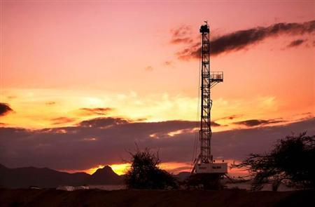 An oil rig used in drilling at the Ngamia-1 well on Block 10BB, in the Lokichar basin, which is part of the East African Rift System, is seen in Turkana County, in this undated handout photograph. Kenya announced on March 26, 2012. REUTERS/Tullow Oil plc/Handout