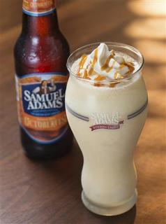 Red Robin Gourmet Burgers Inc on Tuesday will debut a Samuel Adams Octoberfest milkshake,shown in this handout photograph received by Reuters September 10, 2012. The mikshake will be made with vanilla ice cream, beer and caramel, at its roughly 460 restaurant around the country. REUTERS/Red Robn Gourmet Burgers Inc/Handout
