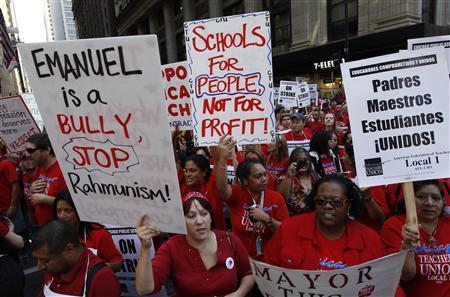 Chicago teachers take over the streets outside the headquarters of Chicago Public Schools in Chicago September 10, 2012. REUTERS/Jeff Haynes
