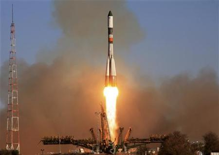 The Progress space freighter blasts off from its launchpad at the Baikonur Cosmodrome in Kazakhstan October 30, 2011. REUTERS/Oleg Urusov