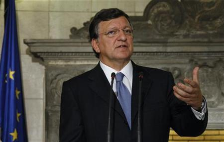 EU Commission President Jose Manuel Barroso addresses reporters during a news conference in Athens July 26, 2012. REUTERS/John Kolesidis