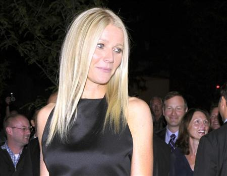 Actress Gwyneth Paltrow poses at the gala presentation for the film ''Thanks For Sharing'' at the 37th Toronto International Film Festival September 8, 2012. REUTERS/Mike Cassese