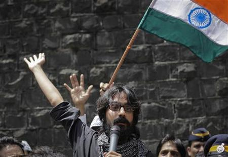Cartoonist Aseem Trivedi speaks to the media after coming out of Arthur Road Jail in Mumbai September 12, 2012. REUTERS/Danish Siddiqui