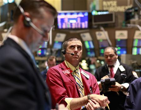 Traders work on the floor of the New York Stock Exchange, September 12, 2012. REUTERS/Brendan McDermid