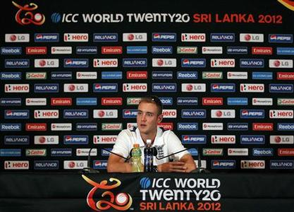 England's captain Stuart Broad speaks to reporters at a captains' news conference ahead of the World Twenty20 cricket series in Colombo September 14, 2012. The tournament runs from September 18 to October 7 in Sri Lanka. REUTERS/Dinuka Liyanawatte