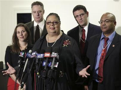 Chicago Teachers Union President Karen Lewis and other union leaders speak during a press conference on the fifth day of their strike in Chicago, September 14, 2012. REUTERS/John Gress