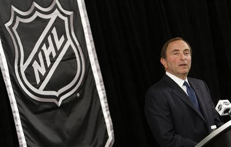 NHL commissioner Gary Bettman speaks to the media in New York September 13, 2012. The league and the players collective bargaining agreement ends at midnight on Saturday. REUTERS/Carlo Allegri