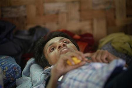 A HIV-positive patient rests at a HIV/AIDS hospice, founded by a member of the National League for Democracy (NLD) party, in Yangon February 18, 2012. REUTERS/Soe Zeya Tun