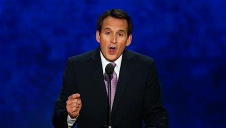 Former Minnesota Governor and former U.S. presidential candidate Tim Pawlenty addresses delegates during the third session of the Republican National Convention in Tampa, Florida, August 29, 2012. REUTERS/Mike Segar