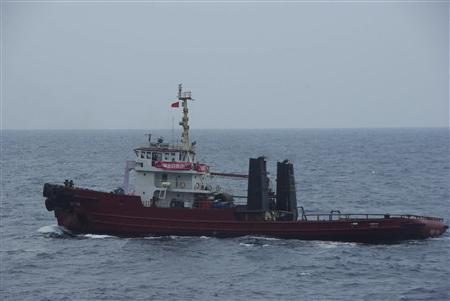 A ship from Taiwan sails near the disputed islands in the East China Sea, known as Senkaku in Japan, Diaoyu in China and Tiaoyutai in Taiwan, in this handout photo taken by the Japan Coast Guard September 21, 2012. REUTERS/11th Regional Coast Guard Headquarters-Japan Coast Guard/Handout
