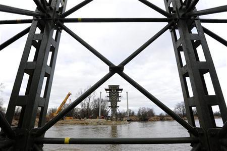 Construction of a new pedestrian and cycling bridge is seen in Devinska Nova Ves near capital Bratislava February 29, 2012. REUTERS/Radovan Stoklasa