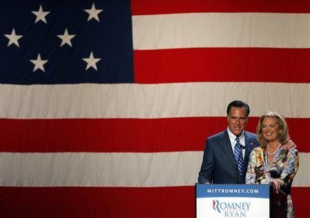 Republican presidential candidate and former Massachusetts Governor Mitt Romney is joined by his wife Ann at a campaign fundraiser in Beverly Hills, California September 22, 2012. REUTERS/Brian Snyder