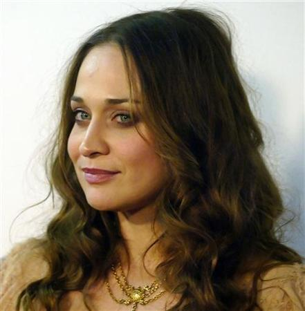 Singer Fiona Apple arrives for the Sony BMG Grammy Party in Los Angeles February 8, 2006.