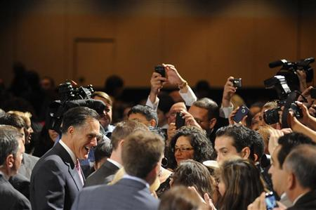 Republican presidential candidate Mitt Romney shakes hands with the crowd after addressing the National Association of Latino Elected and Appointed Officials Annual Conference at the Walt Disney World Resort in Lake Buena Vista, Florida, June 21, 2012. REUTERS/David Manning
