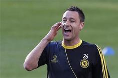 John Terry afirmou que processo que enfrenta pela acusação de racismo tornou sua posição insustentável na seleção inglesa. 18/09/2012 REUTERS/ Eddie Keogh