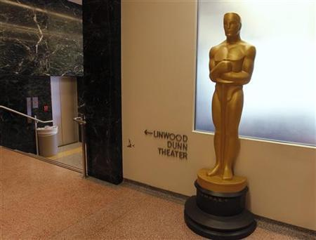 A large Oscar statue stands in the hallway at The Academy of Motion Picture Arts & Sciences Pickford Center for Motion Picture Study in Hollywood September 10, 2012. REUTERS/Fred Prouser/Files