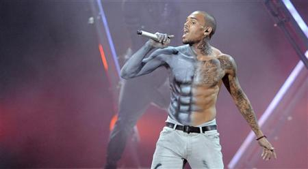 Chris Brown performs at the 2012 BET Awards in Los Angeles on July 1, 2012. REUTERS/Phil McCarten