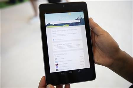 9月25日、米グーグルは、日本国内でタブレット端末「ネクサス7」を発売したと発表した。サンフランシスコで6月撮影(2012年 ロイター/Stephen Lam)