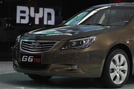 A BYD G6 TID is displayed at the 9th China (Guangzhou) International Automobile Exhibition in Guangzhou November 21, 2011. REUTERS/Tyrone Siu