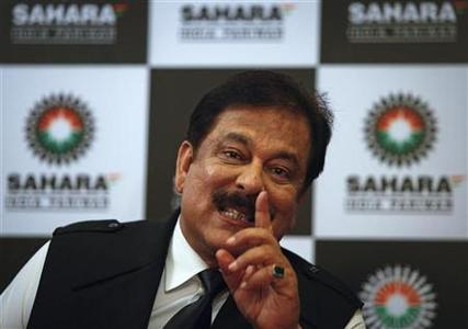 Sahara Group Chairman Subrata Roy gestures as he speaks during a news conference in Mumbai February 4, 2012. REUTERS/Danish Siddiqui