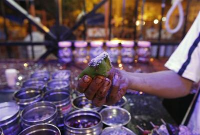 Eating in India: Paan