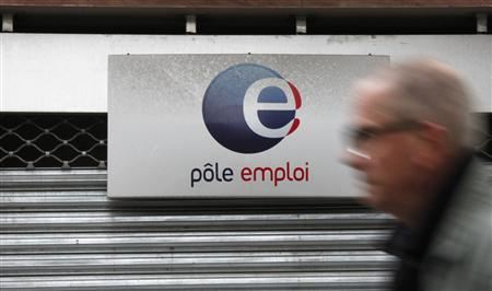 A man walks past a National Agency for Employment (Pole Emploi) centre in Paris September 26, 2012. REUTERS/Christian Hartmann