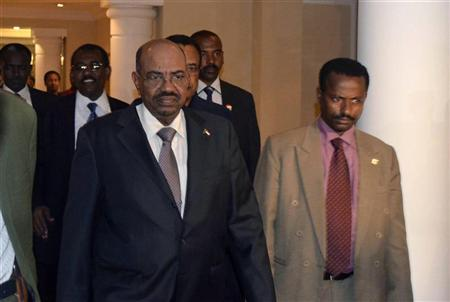 Sudan's President Omar Hassan al-Bashir arrives at the Sheraton hotel in Ethiopia's capital Addis Ababa September 25, 2012. REUTERS/Tiksa Negeri