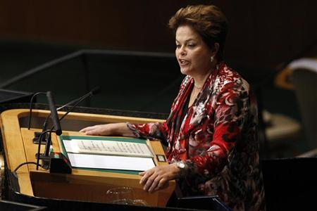 Brazil's President Dilma Rousseff addresses the 67th United Nations General Assembly at the U.N. Headquarters in New York, September 25, 2012. REUTERS/Keith Bedford