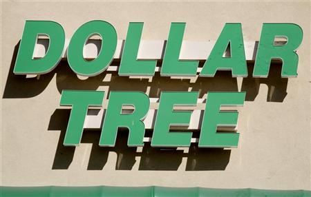 The Dollar Tree logo is seen outside a store in Arvada, Colorado February 25, 2009. REUTERS/Rick Wilking